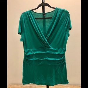 Ann Taylor L jade green runched blouse